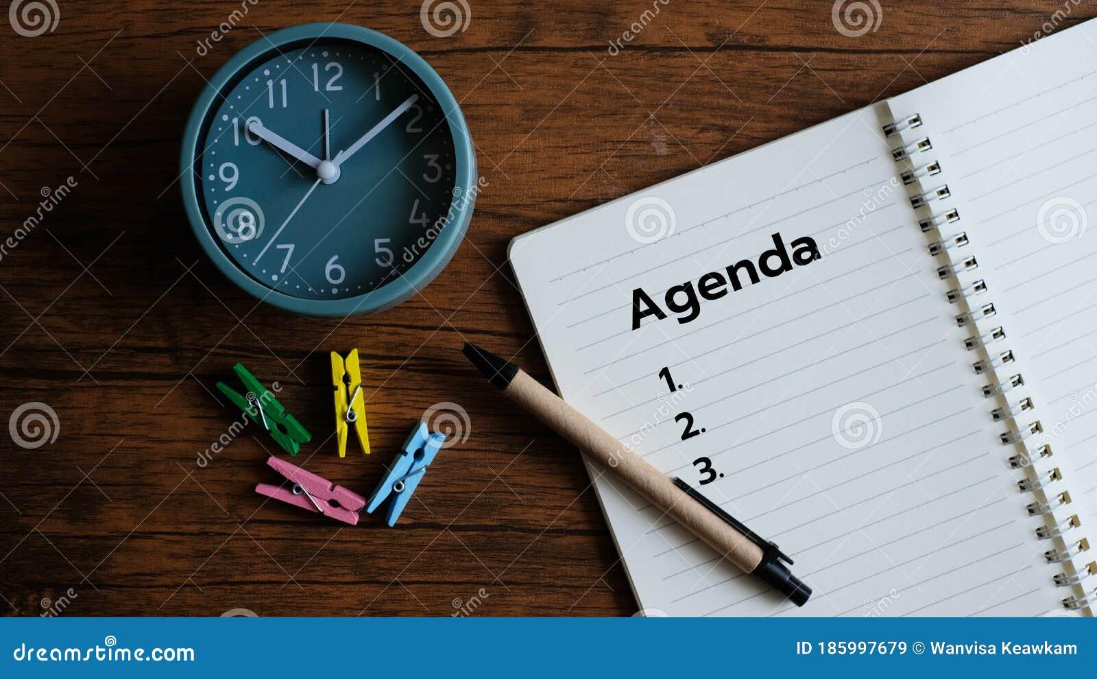 Agenda Escrita En Bloc De Notas Con Planificación De Lista En Blanco Imagen De Archivo Imagen De Fondo Efecto 185997679