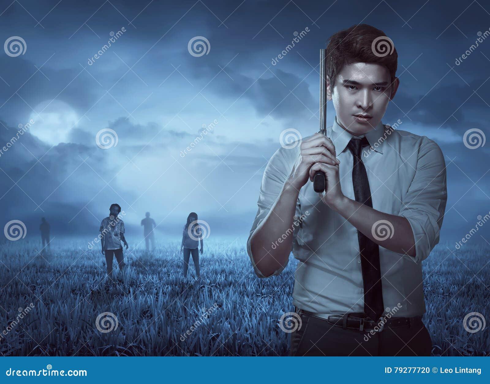 Agente secreto Holding Gun, zombi listo del tiroteo