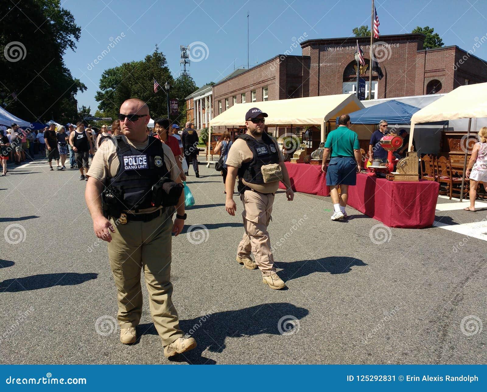 Agentes de la autoridad en la patrulla, Rutherford, NJ, los E.E.U.U.