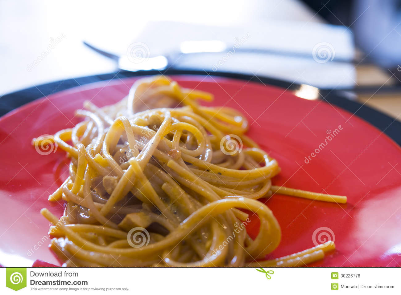 Spaghetti With Cheese + Black Pepper Recipe — Dishmaps