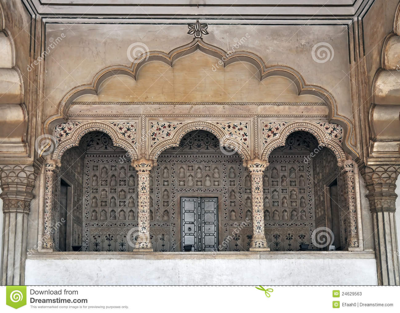 Agra Fort - Balcony for Emperor and Peacock Throne
