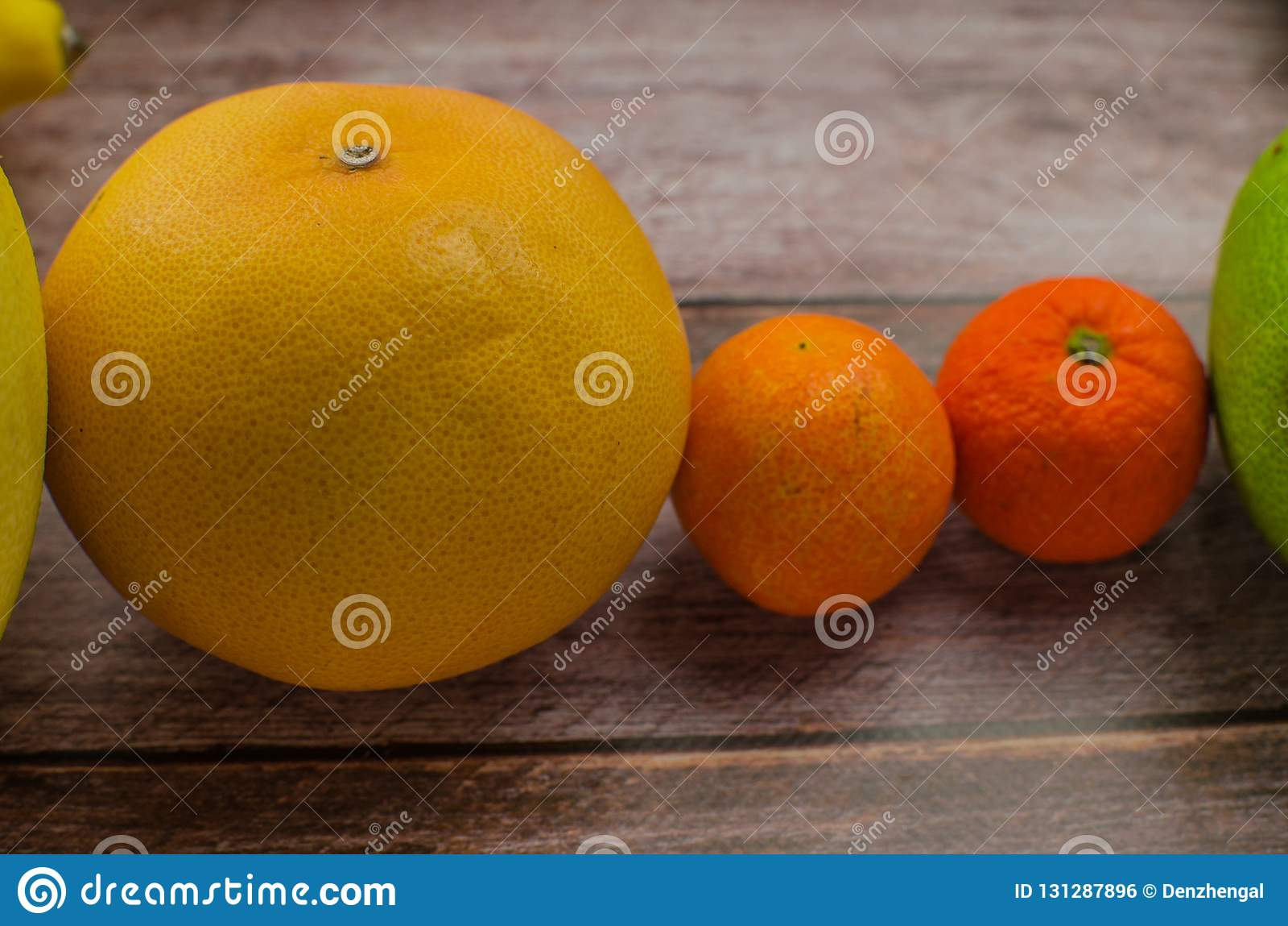 Agrumes orange, citron, pamplemousse, mandarine, chaux