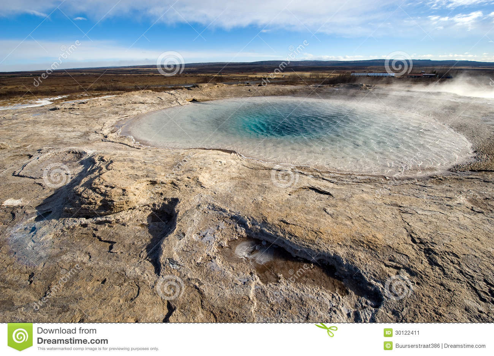 Agua caliente geotérmica