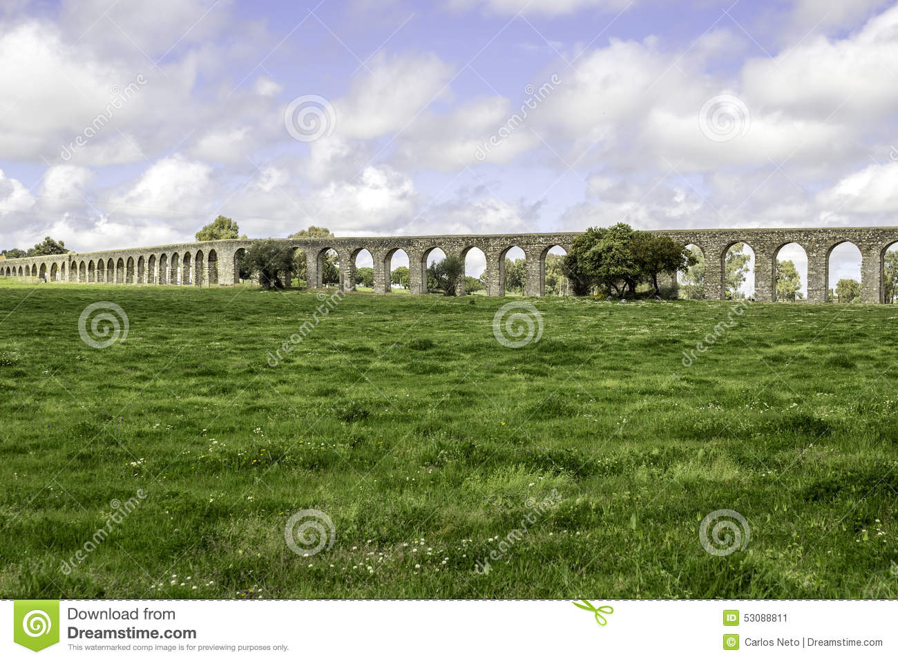 Its Huge Arches Stretching For 9 Kilometres 6 Miles This Aqueduct Was Built In 1531EUR1537 By King Joao III To Supply