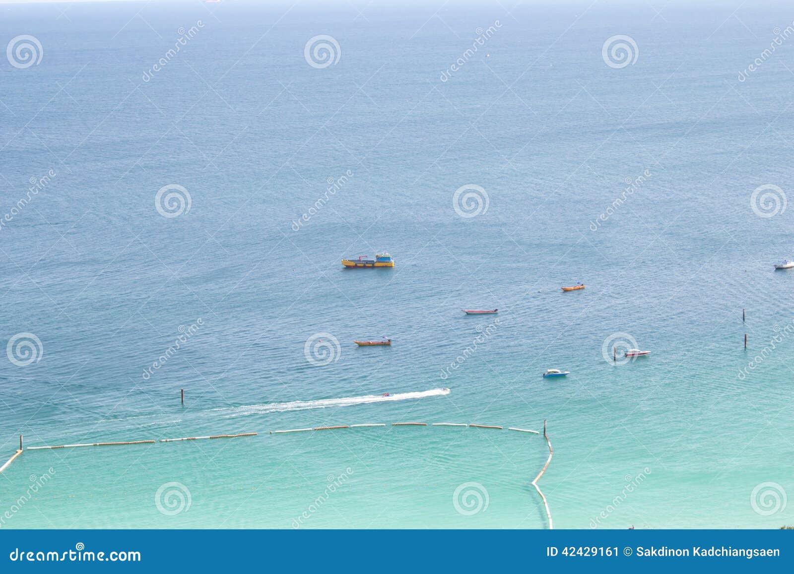 Aguas hermosas del mar