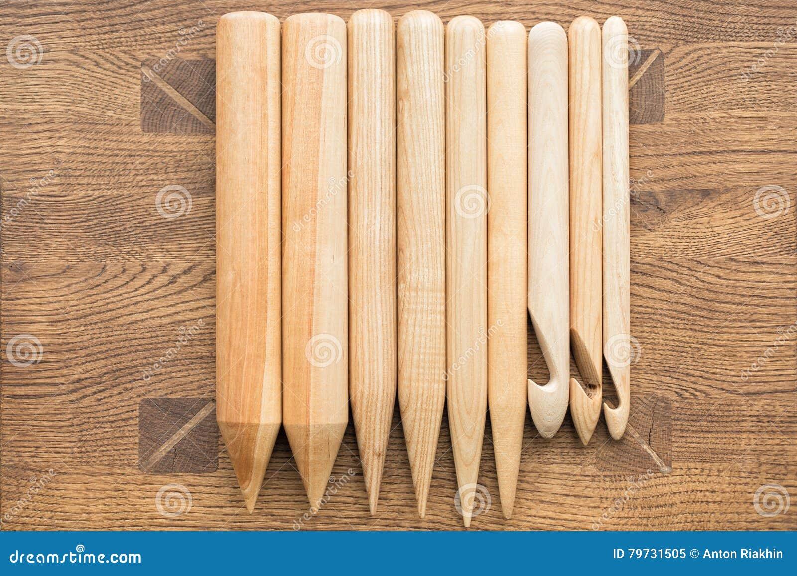 Agujas que hacen punto de madera