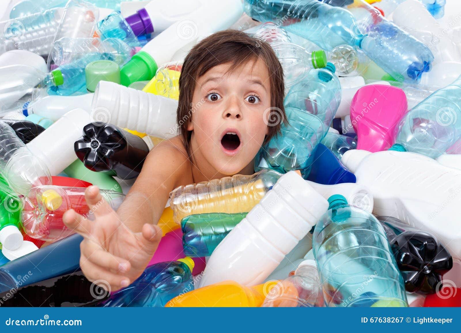 Ahogamiento en la inundación plástica