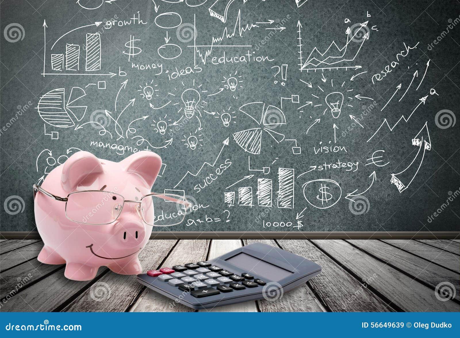 Ahorros calculadora cerdo foto de archivo imagen 56649639 for Calculadora ahorro