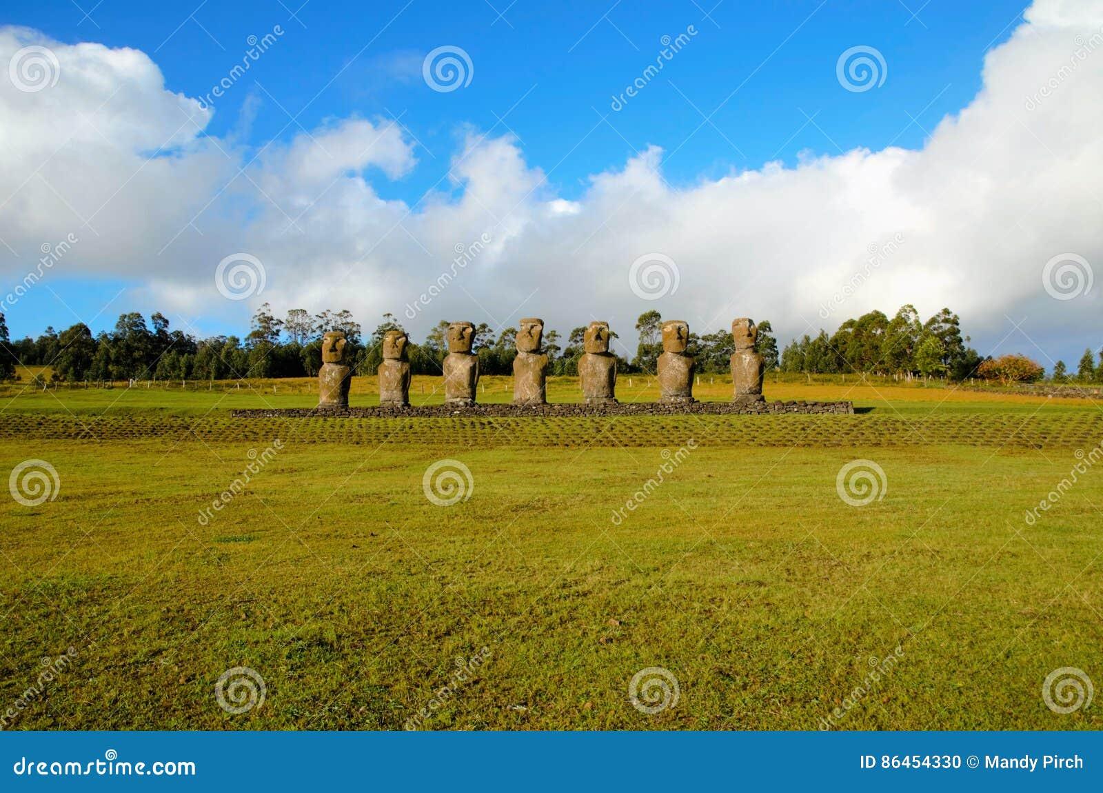 Ahu Akivi seven Moai