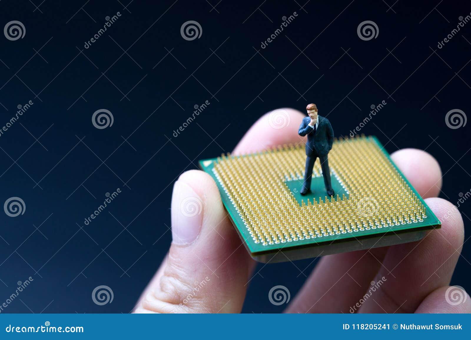AI, künstliche Intelligenz, Maschinenlernkonzept, Miniatur