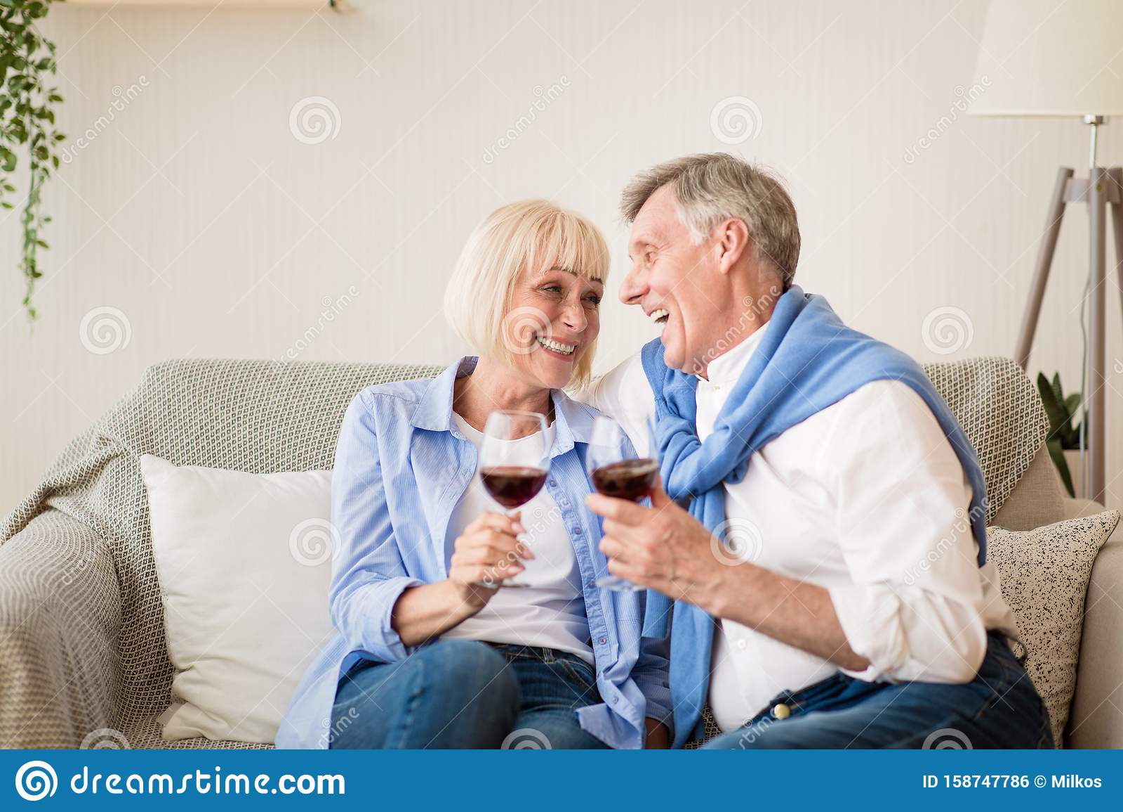 rencontre gard femme couple mature français