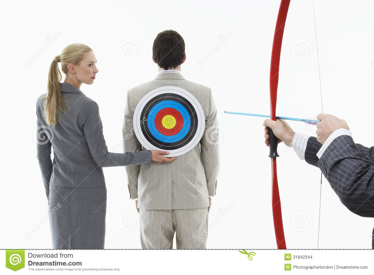 THE BRIDGE-WAY - Page 8 Aiming-arrow-target-businessman-s-back-business-women-holding-to-man-other-men-aims-bow-31842344