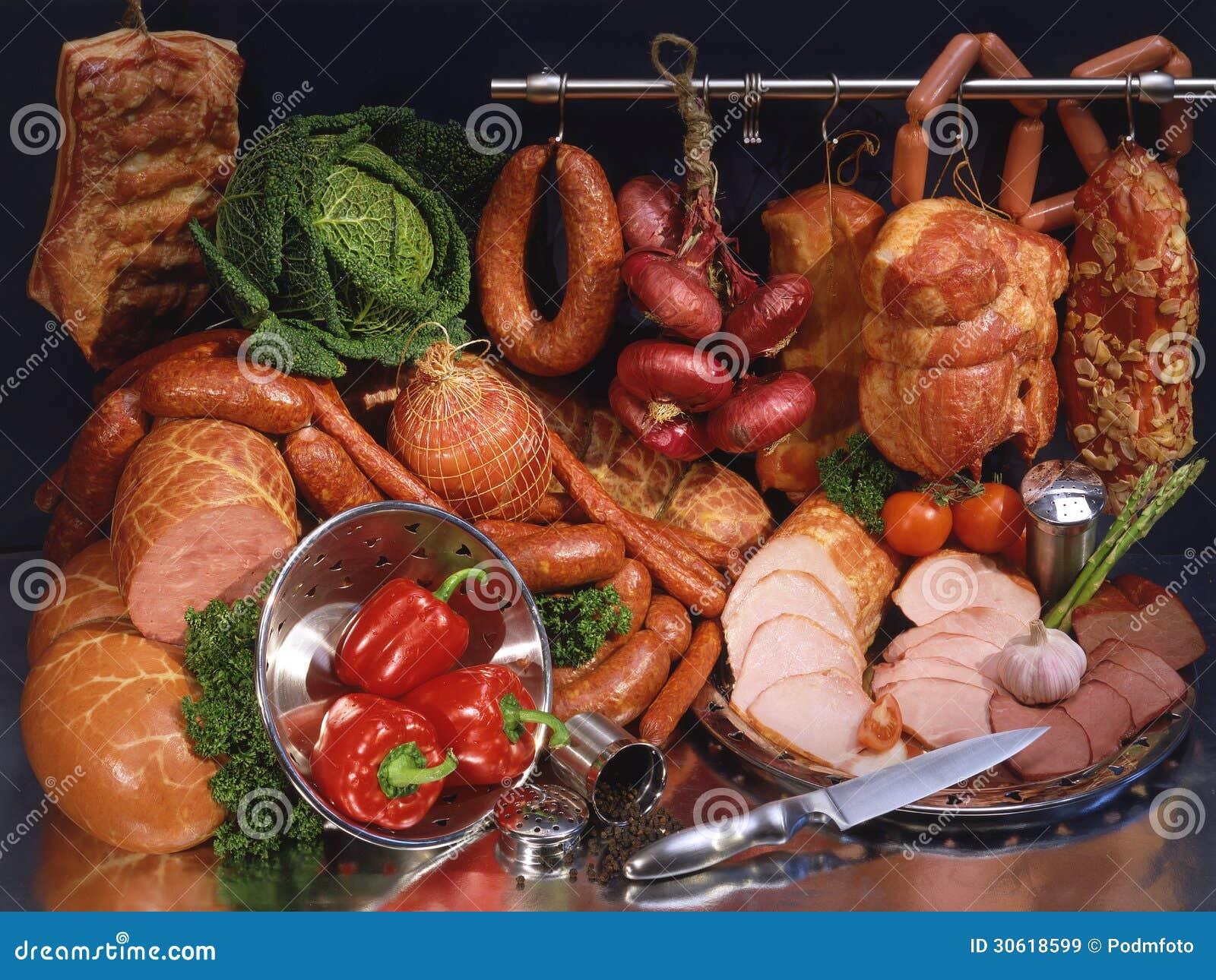 Ainda carne e salsicha