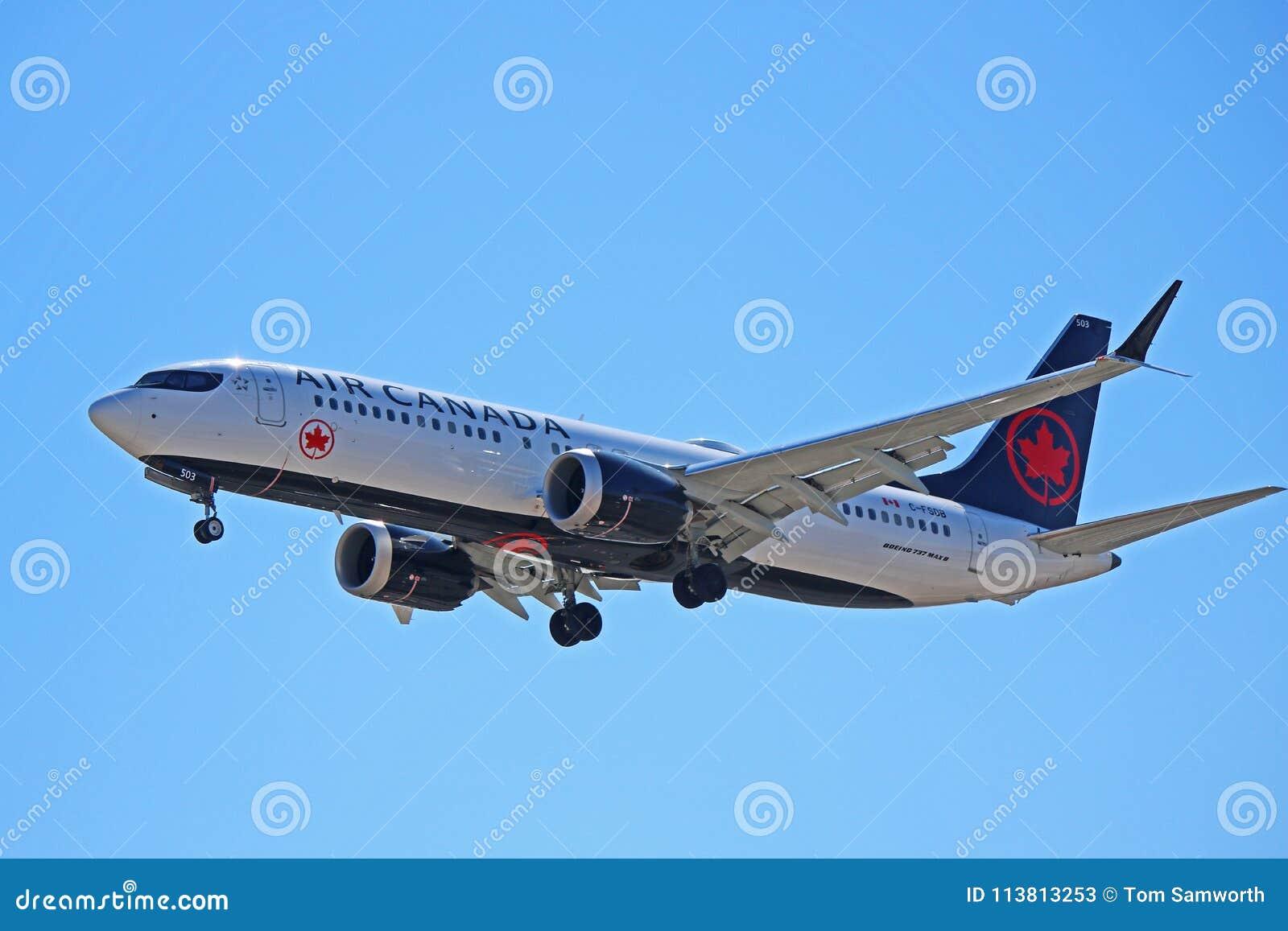 Air Canada Boeing 737 max 8 C-FSDB