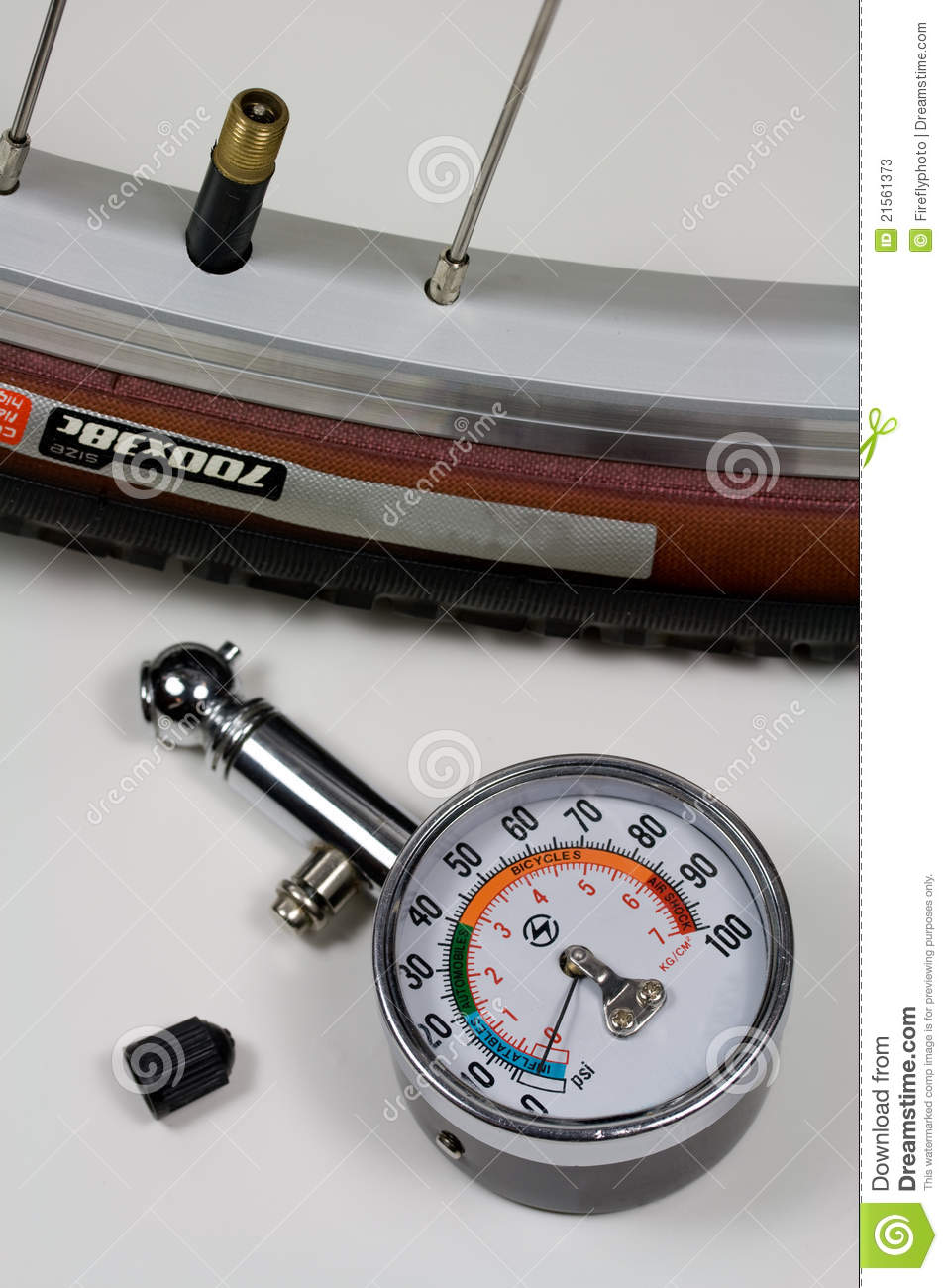 air pressure gauge and bicycle tire stock image image 21561373. Black Bedroom Furniture Sets. Home Design Ideas