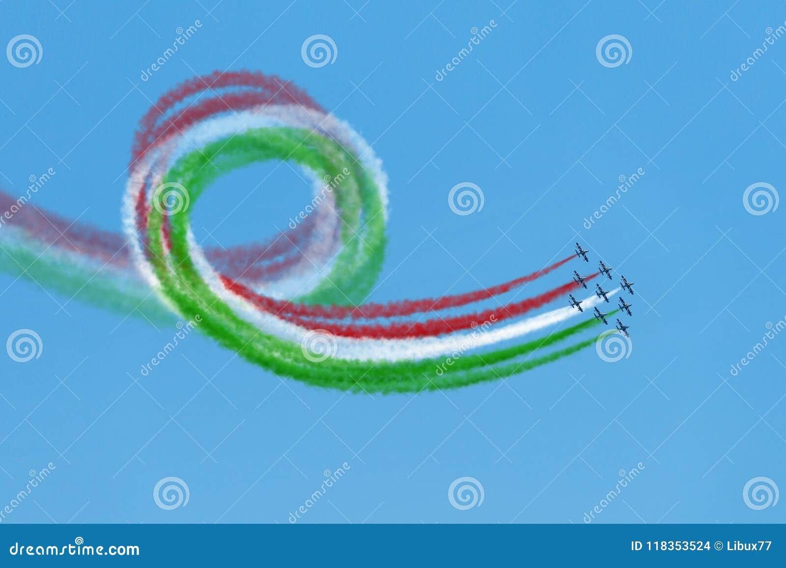 Air show aerobatic italian team frecce tricolore flying loop