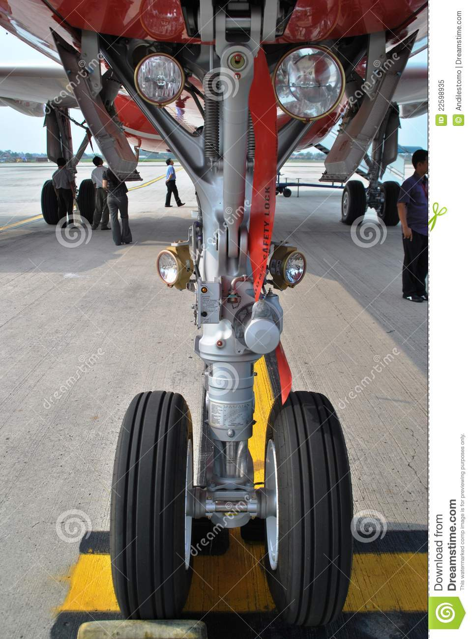 Aircraft Nose Wheel Editorial Image Image 22598935