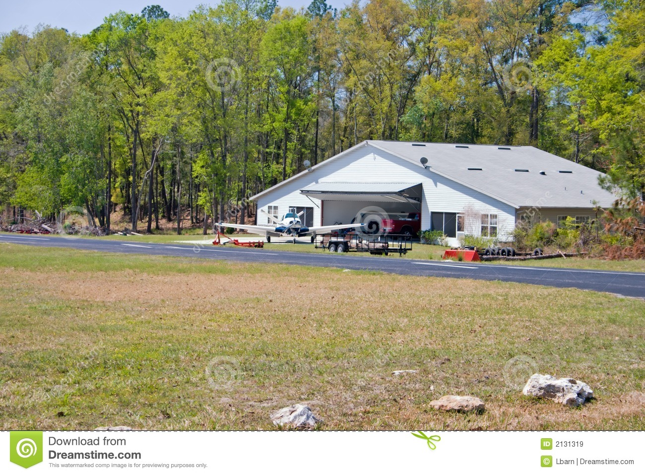Airpark Hangar House Royalty Free Stock Images Image 2131319