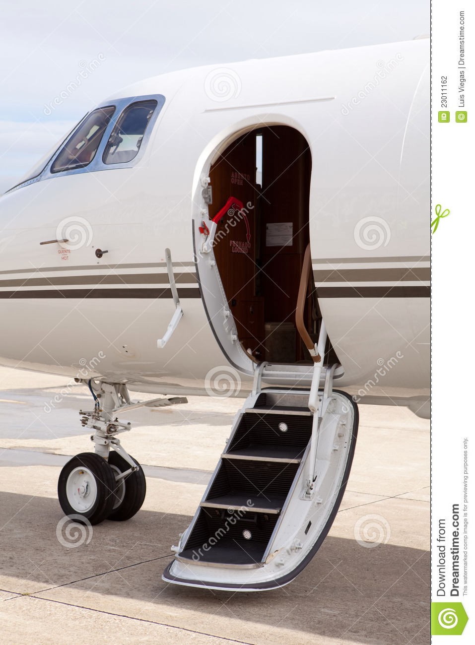 airplane door ... & Airplane Door Stock Photography - Image: 23011162 Pezcame.Com