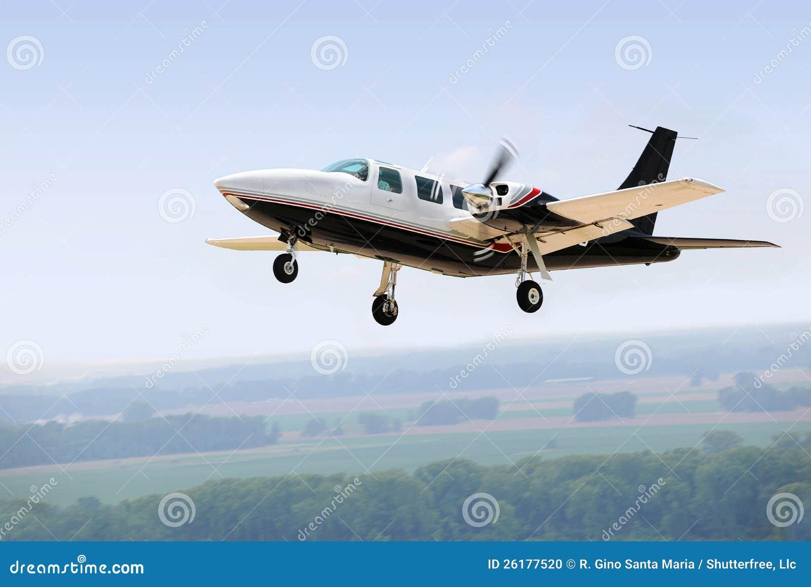 Airplane Landing Or Taking Off Stock Photo - Image: 26177520