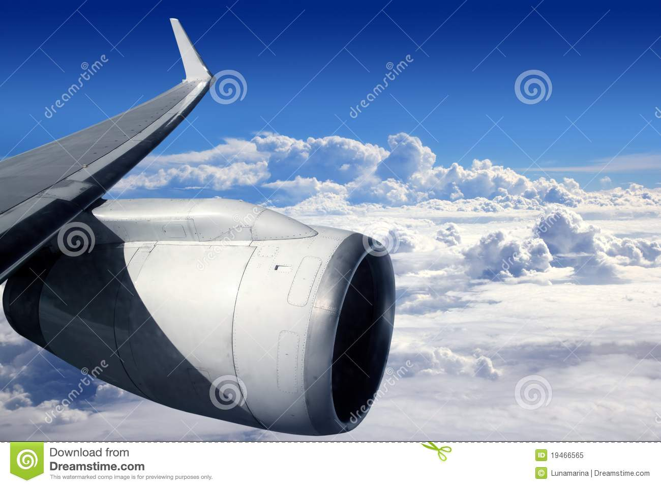 Download Airplane Wing Aircraft Turbine Flying Stock Image - Image of overcast, reactor: 19466565