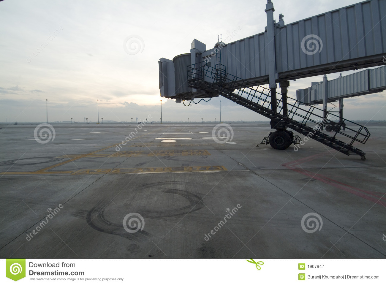 Free Images Traveling People Airport Bridge Business: Airport Jetway Bridges Royalty Free Stock Photography