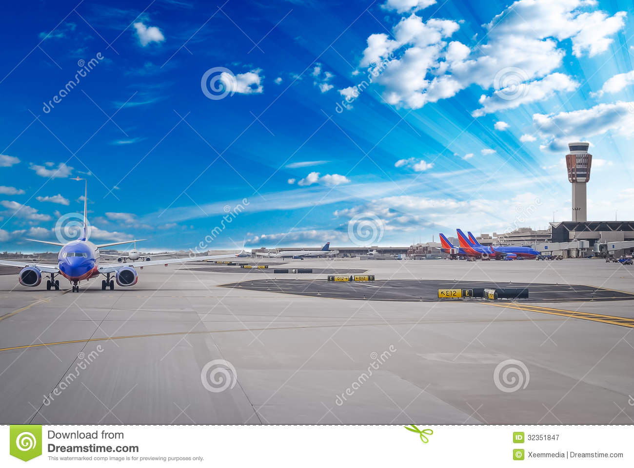 Download Airport stock image. Image of departing, gate, direction - 32351847