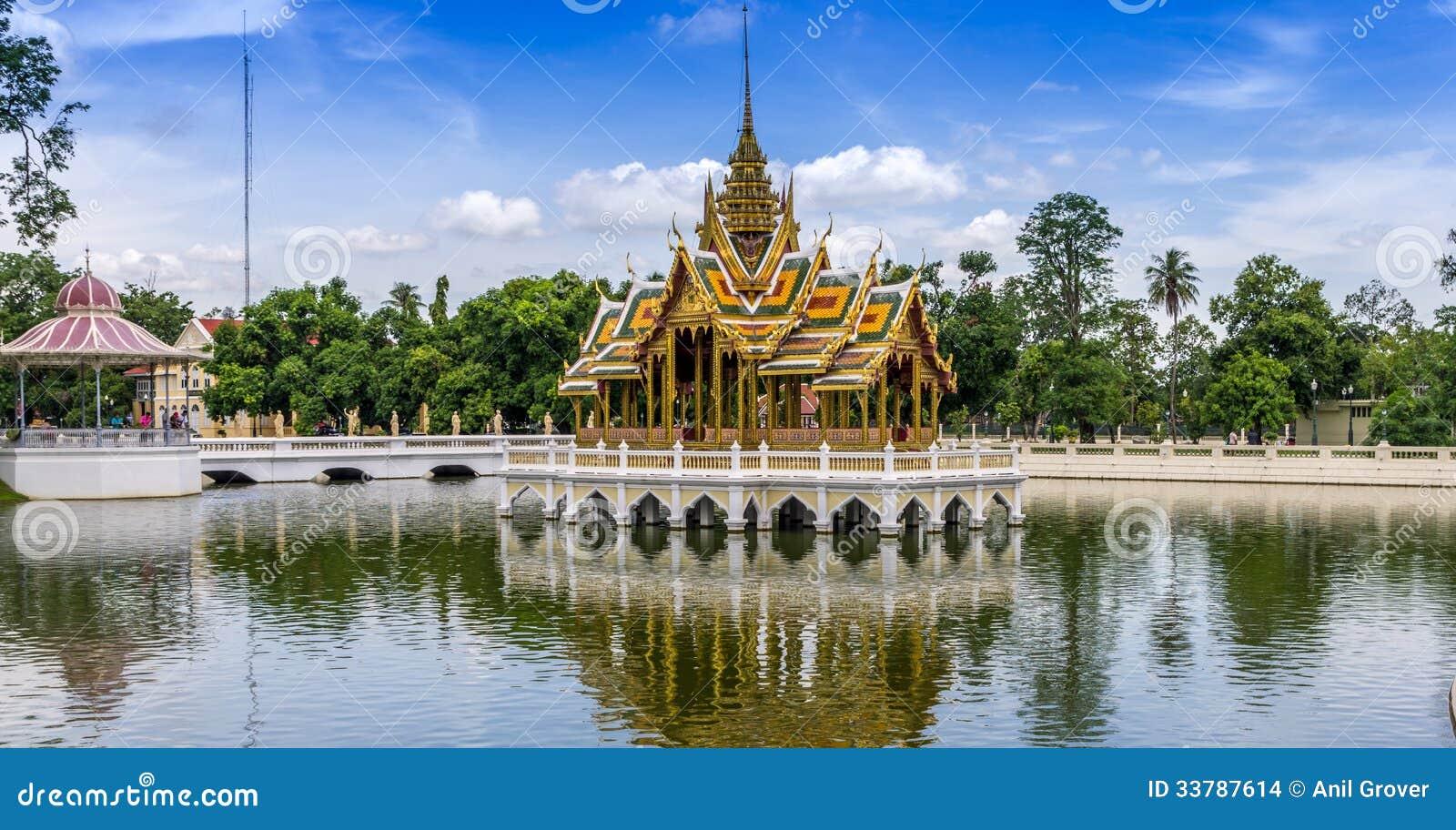 royal thai erotik på film