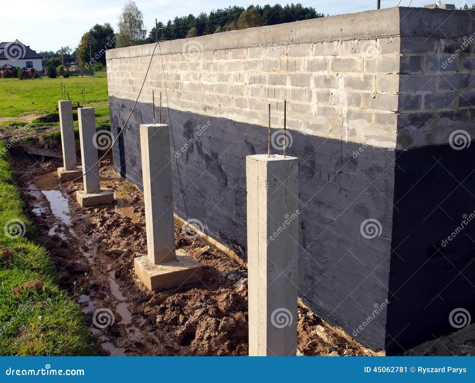 Aislamiento contra la pared de la fundaci n de la humedad - Contra la humedad ...