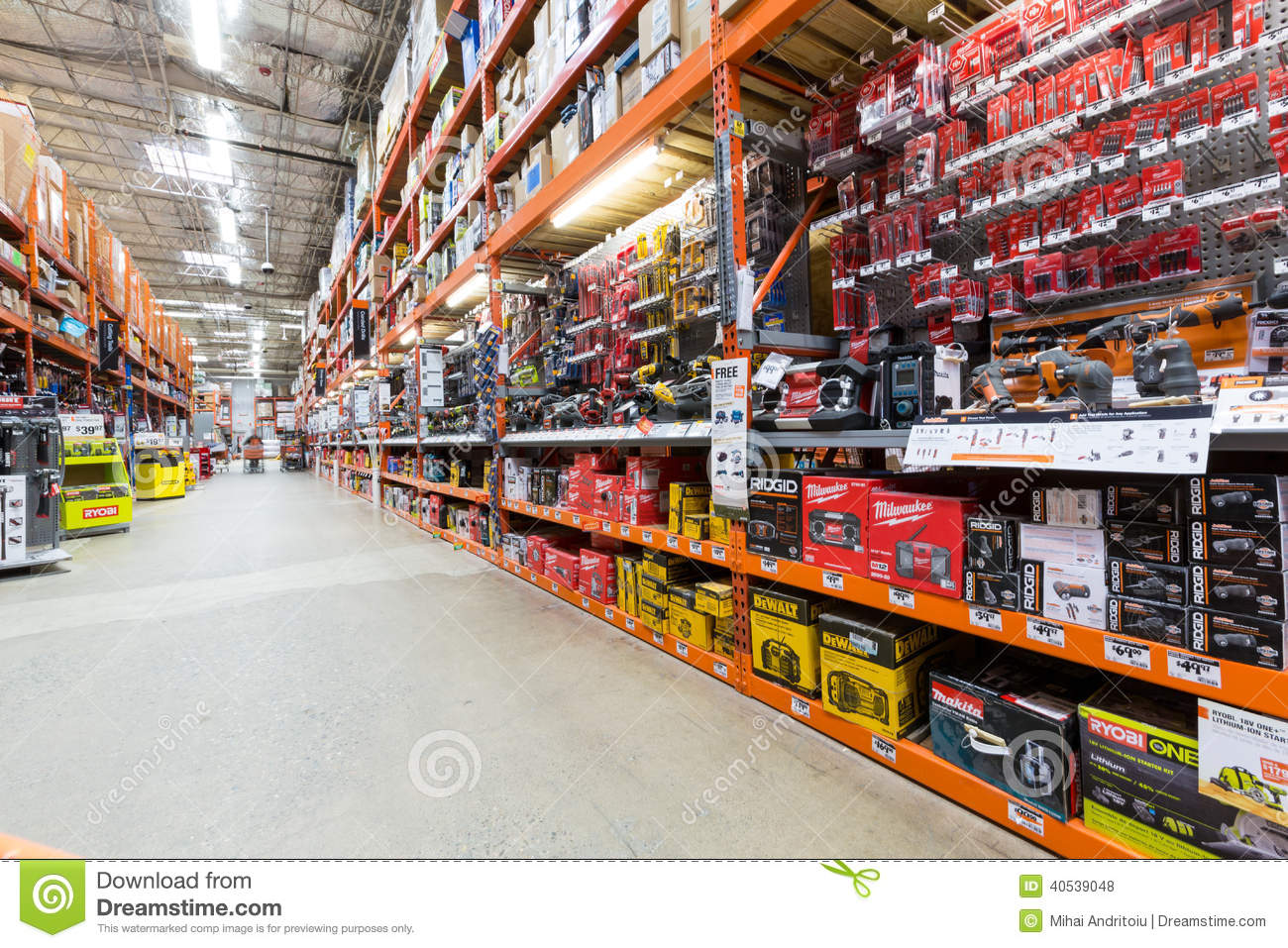 aisle in a home depot hardware store editorial stock photo image 40539048. Black Bedroom Furniture Sets. Home Design Ideas