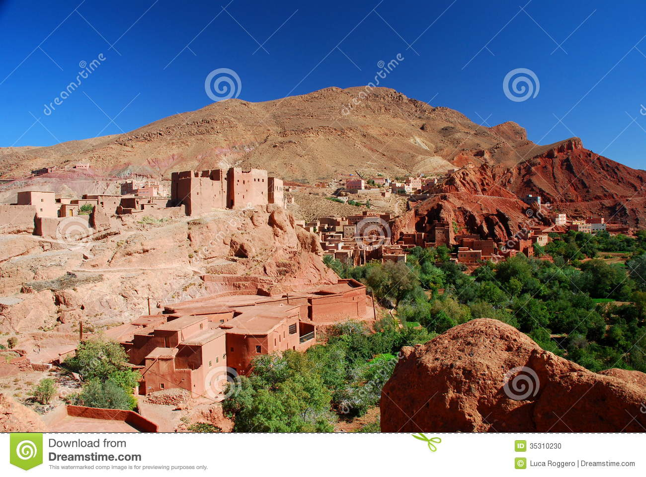 Kasbah at sunset, Ait Arbi, Dades Valley #18978332 Puzzle
