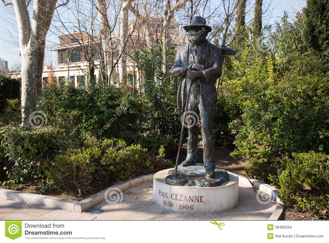 Aix en provence statue of paul cezanne editorial stock for Aix en provence location maison