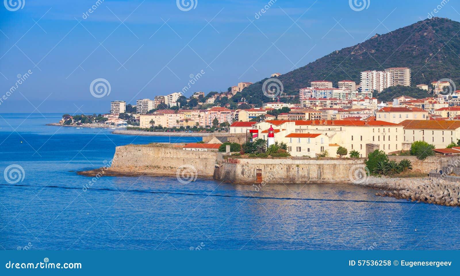 Ajácio, arquitetura da cidade litoral, ilha de Córsega, França