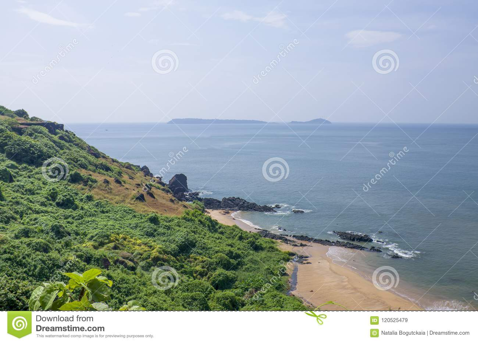 Ajardine la playa tropical de Vasco De Gamma en la India