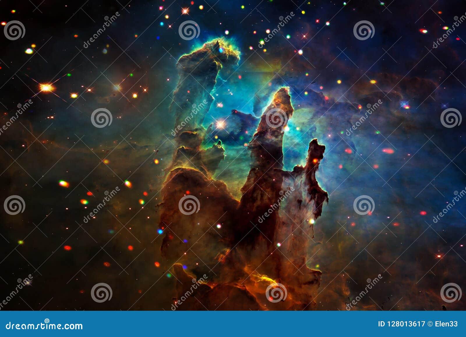 Ajardine no planeta estrangeiro da fantasia com fundo da galáxia