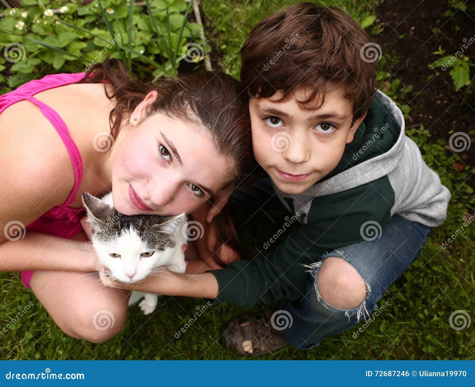 Ajouter d enfants de mêmes parents de frère et de soeur au chat