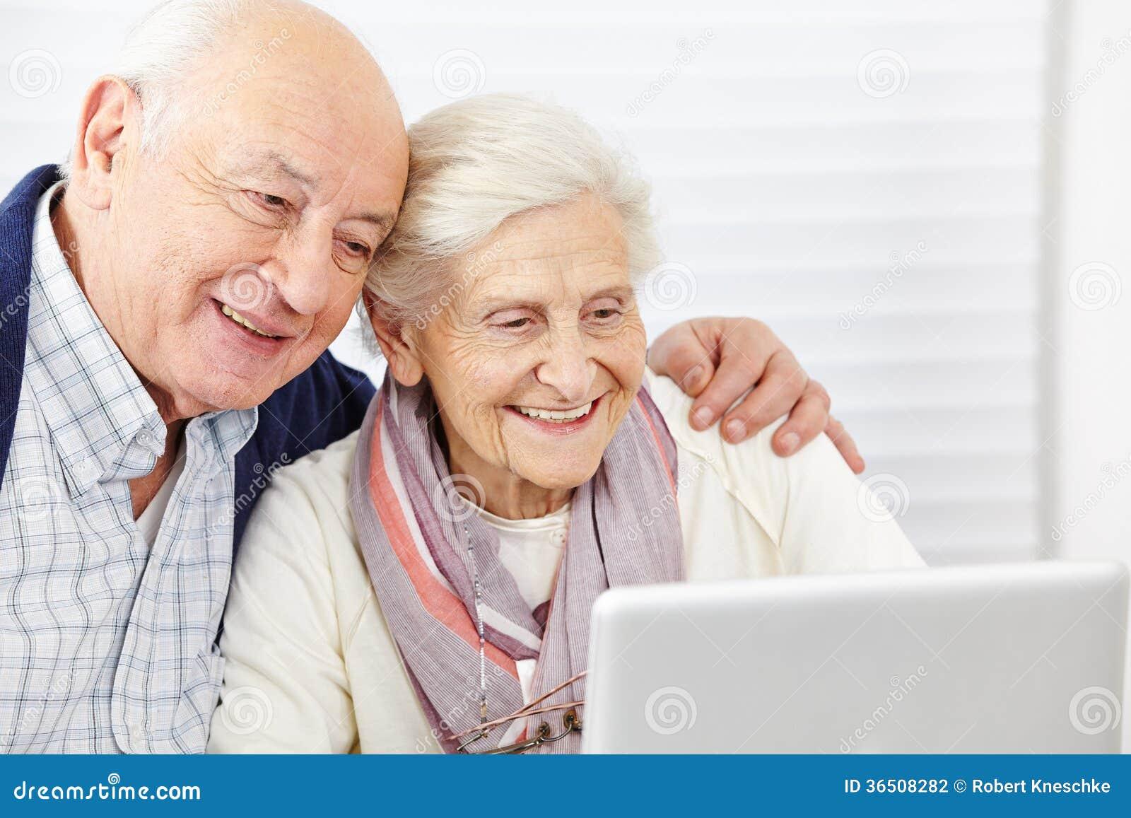 Ajouter supérieurs heureux à l ordinateur