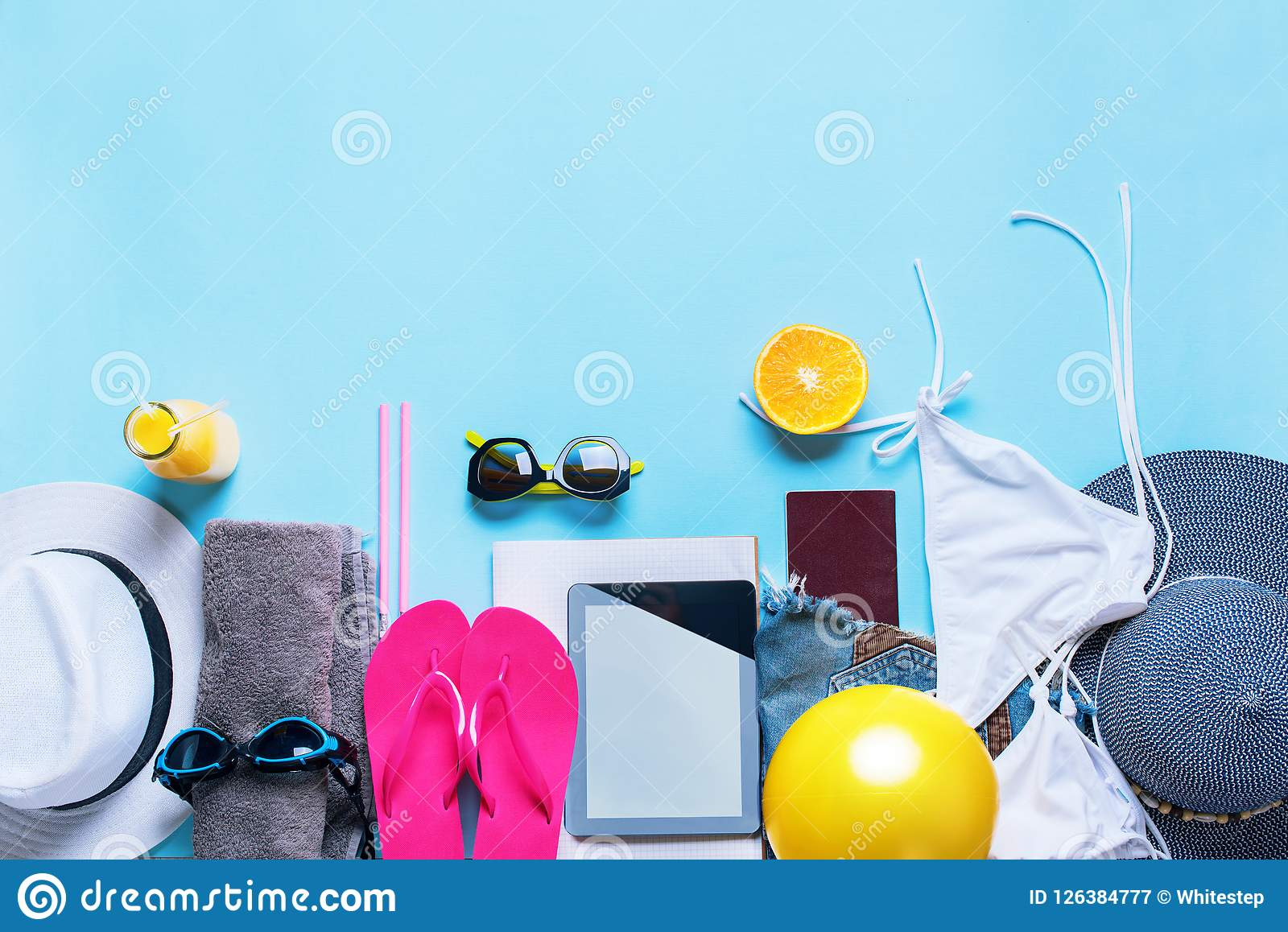 Ajuste óculos de sol da roupa dos acessórios das coisas do verão