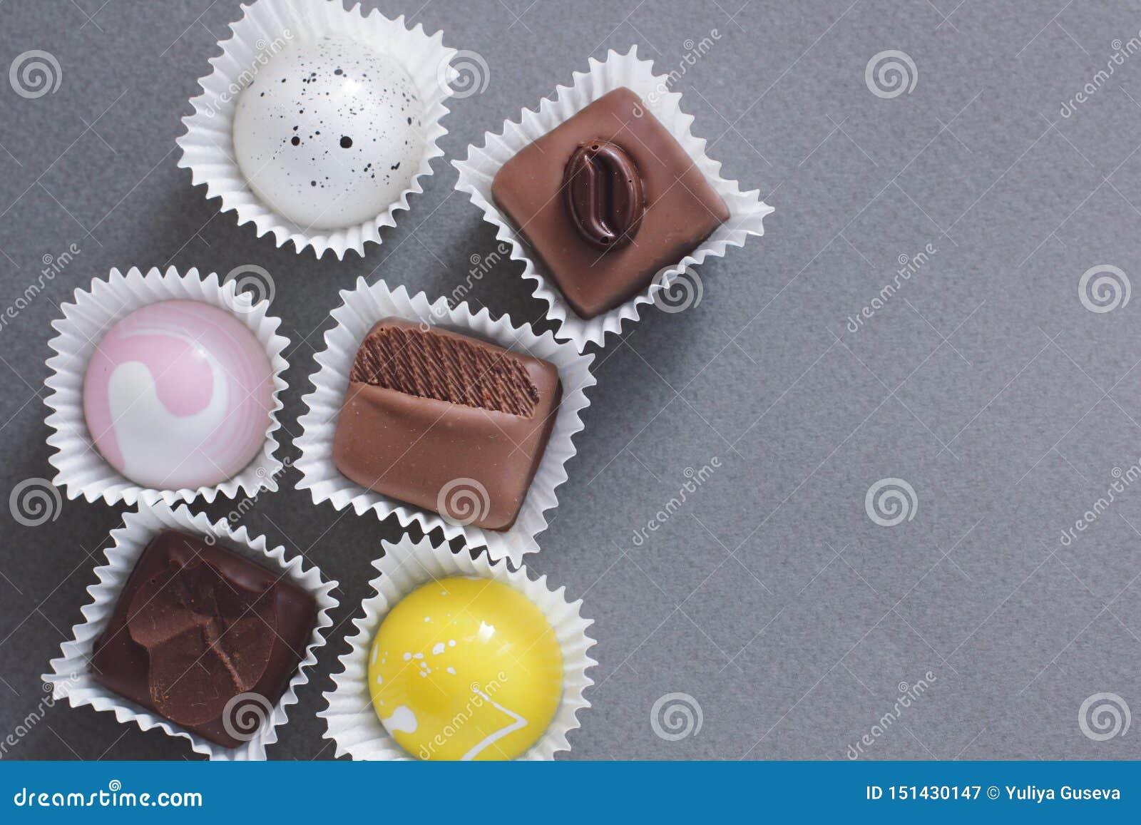Ajuste dos chocolates no fundo