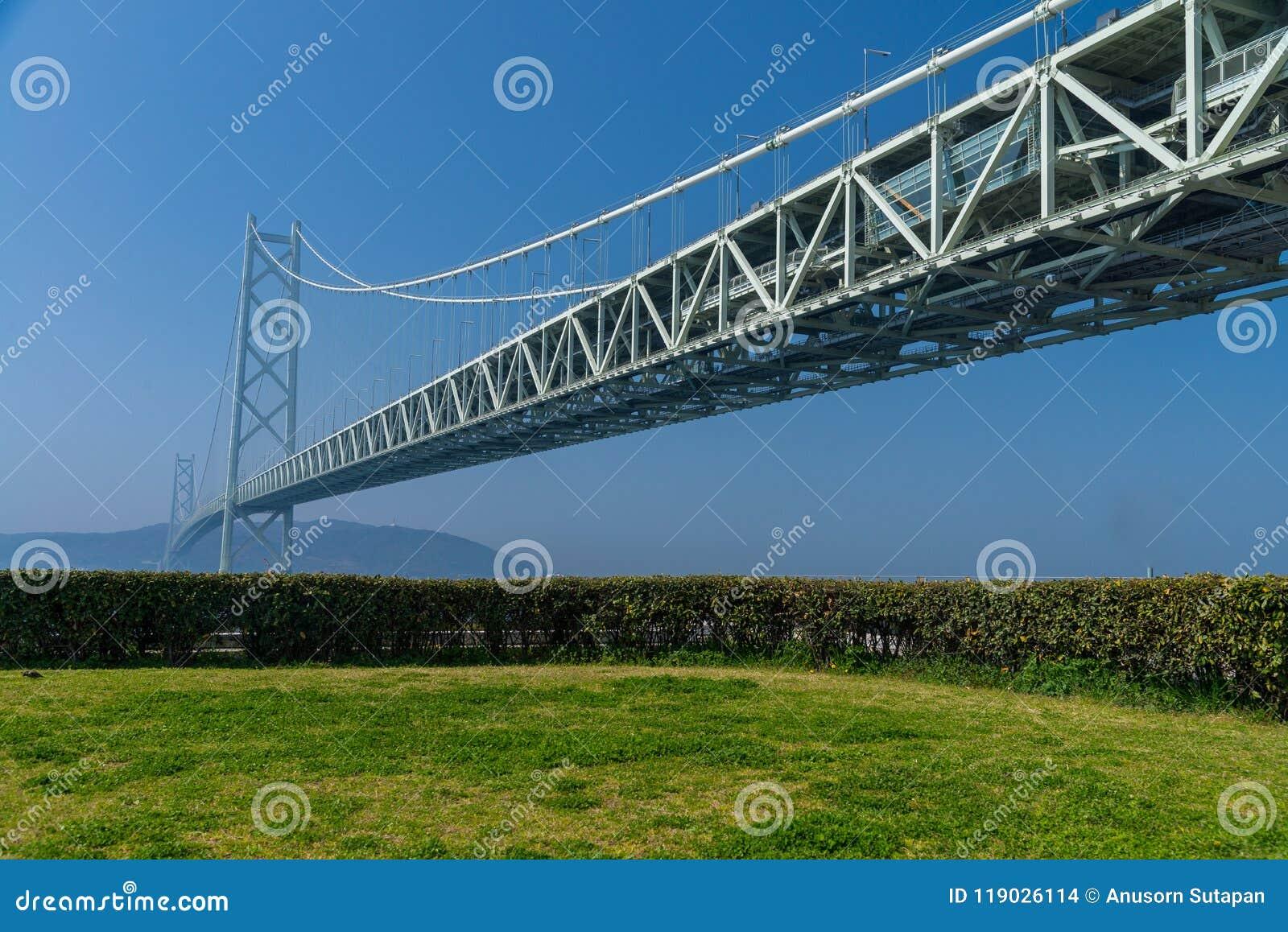 Akashi Kaikyo most, światowy długi zawieszenie metalu most