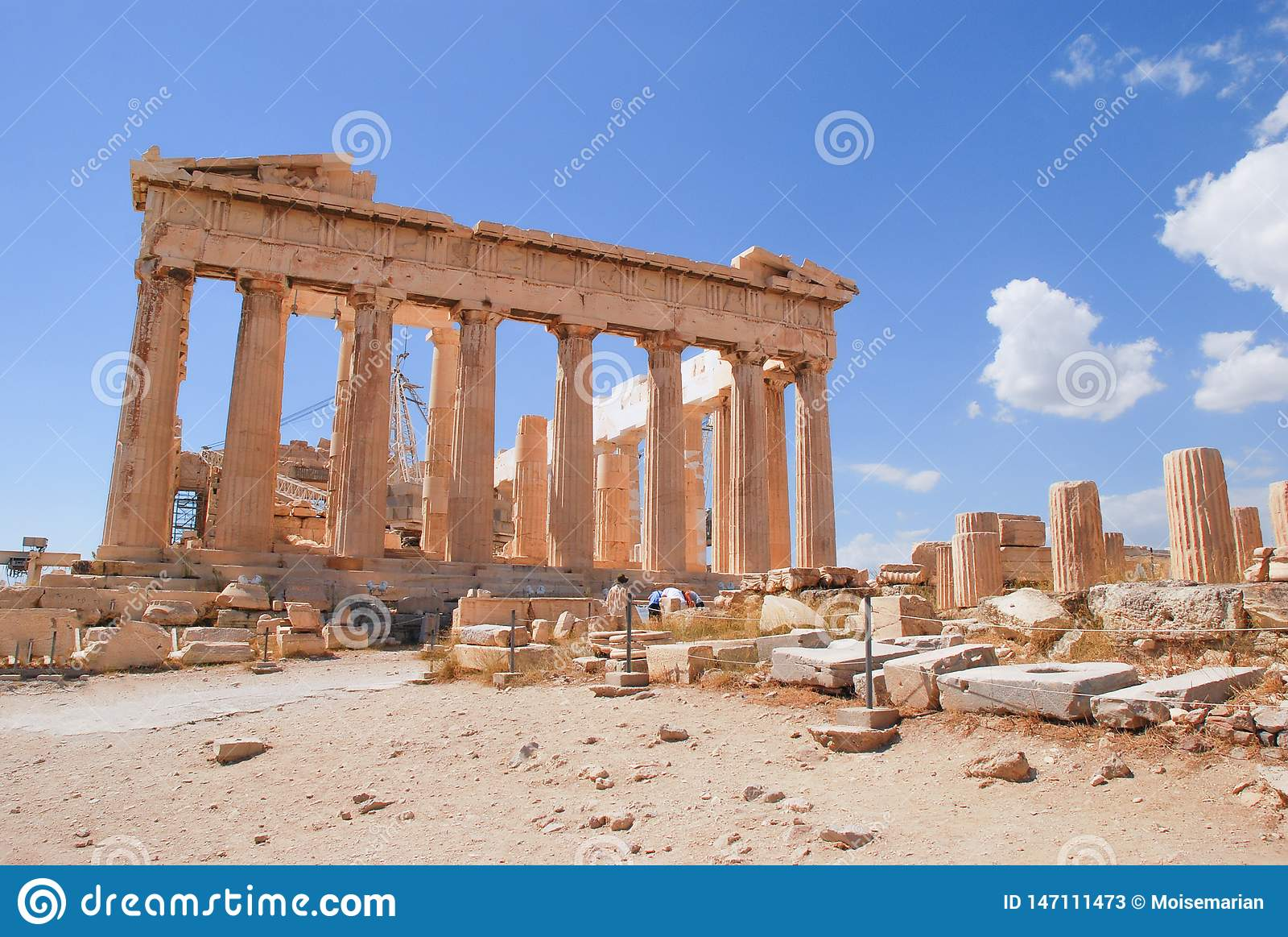 Akropolis Parthenon, Athene, Griekenland met blauwe hemel