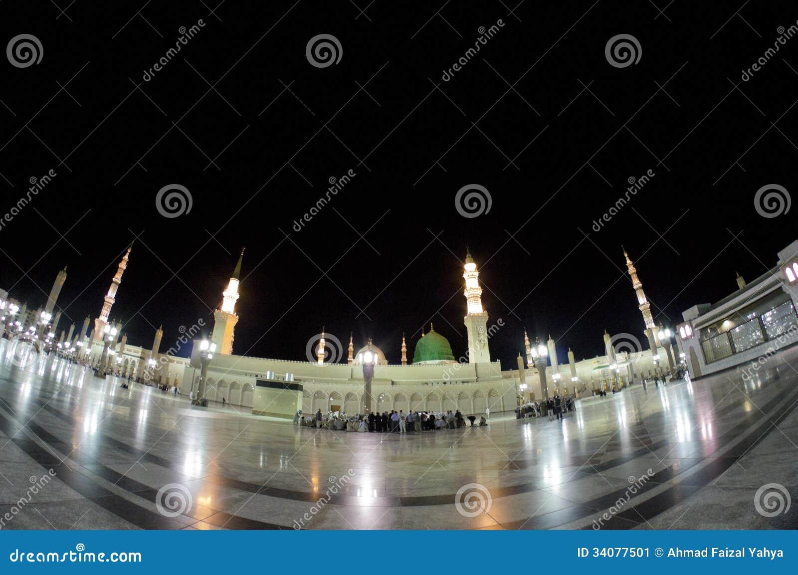 AL MADINAH, KÖNIGREICH DES SAUDIS ARABIEN 18. FEBRUAR: Fisheye-Ansicht von Mas