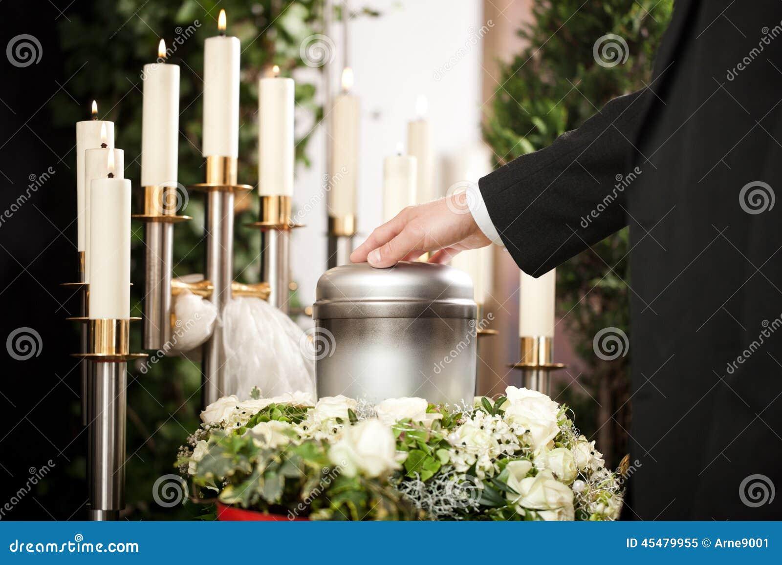 Żal - pogrzeb i cmentarz