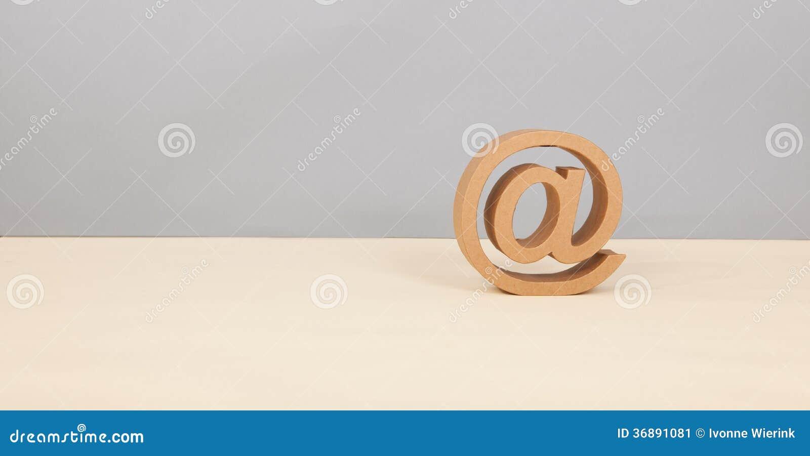 Download Al segno immagine stock. Immagine di spazio, background - 36891081