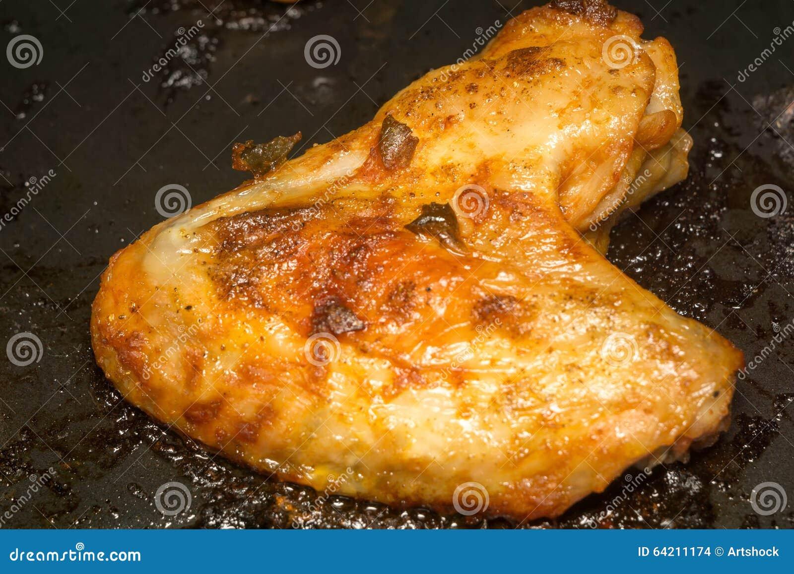 Ala de pollo asada