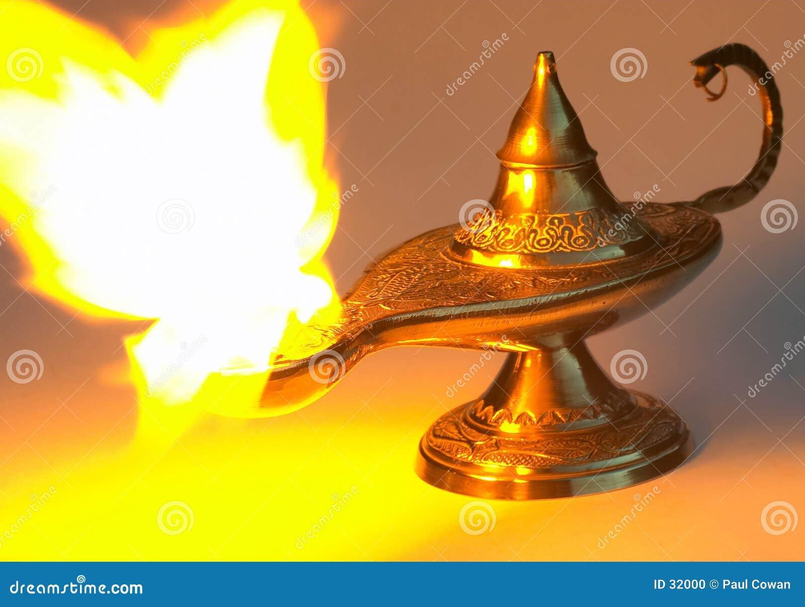 Aladdin s lamp - yellow version