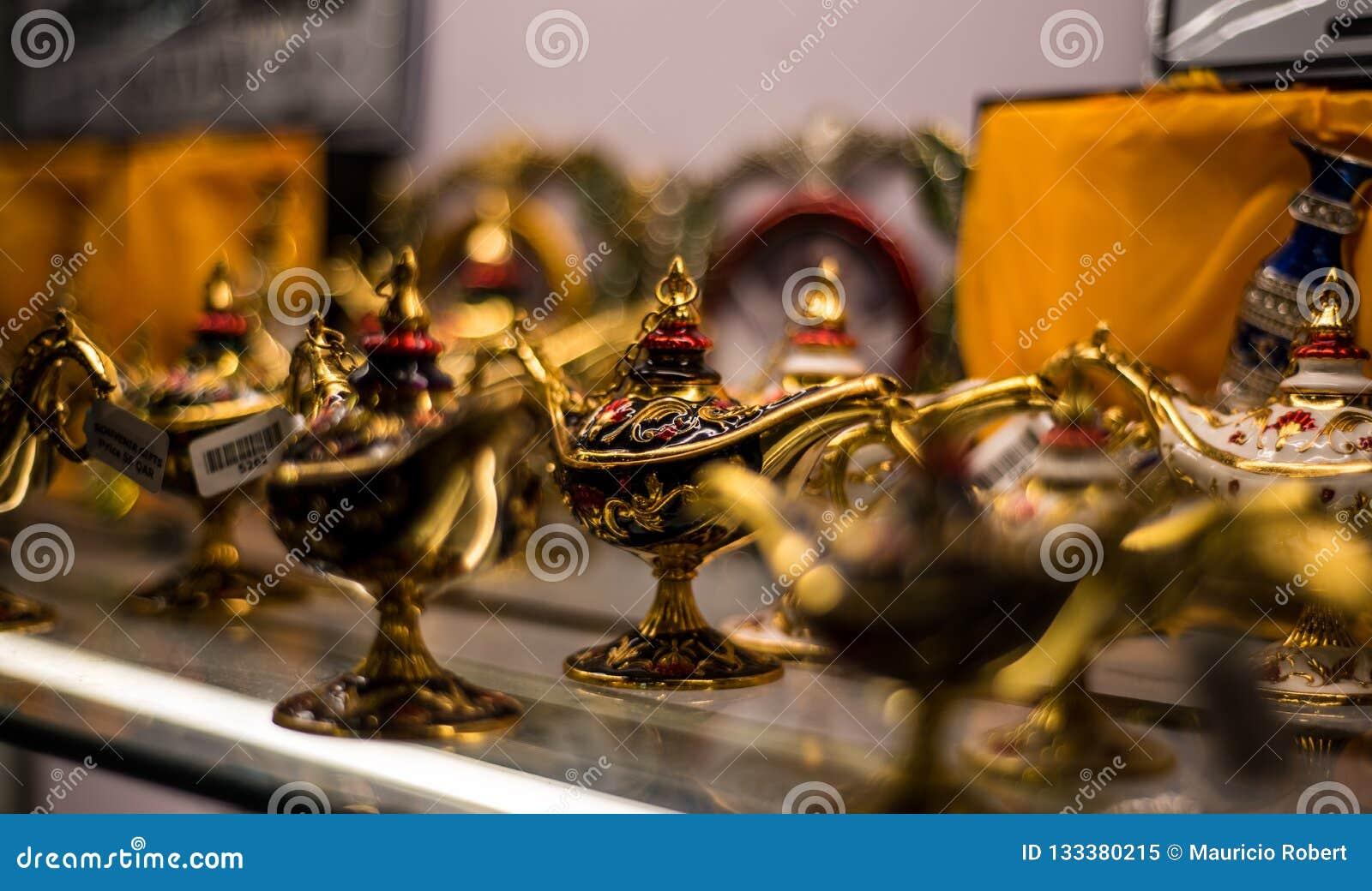 Aladin lampy dla pamiątek w Souq Waqif
