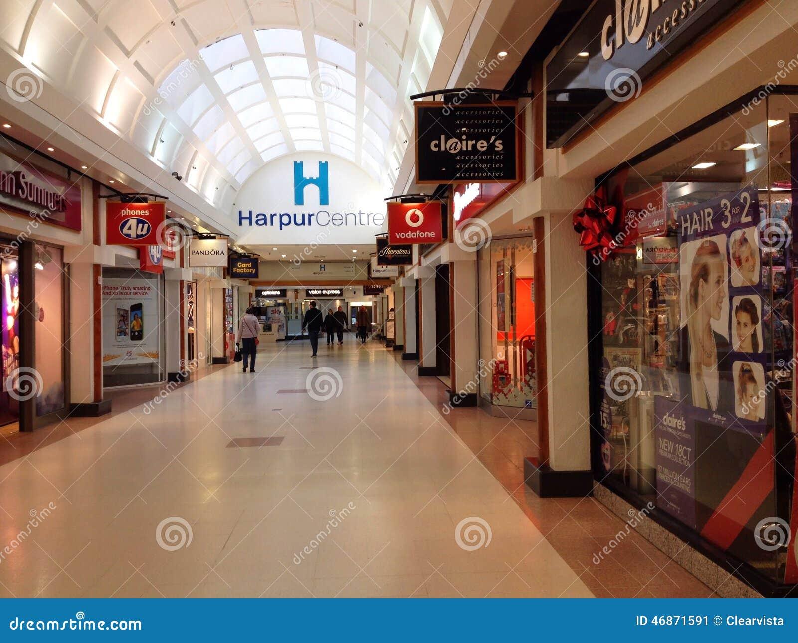 Alameda de compras del centro de Harpur, Bedford, Reino Unido