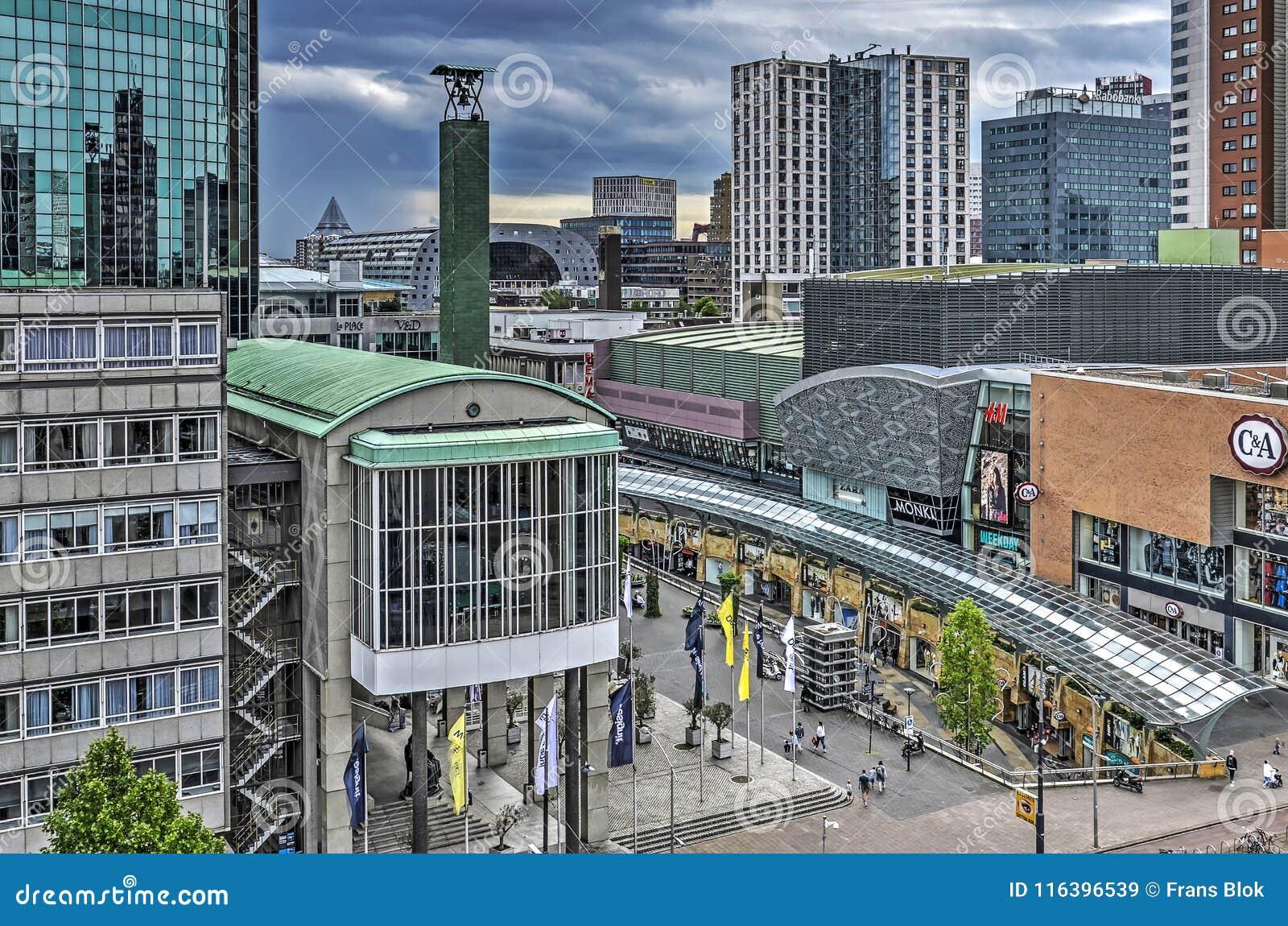 Alameda y World Trade Center de compras