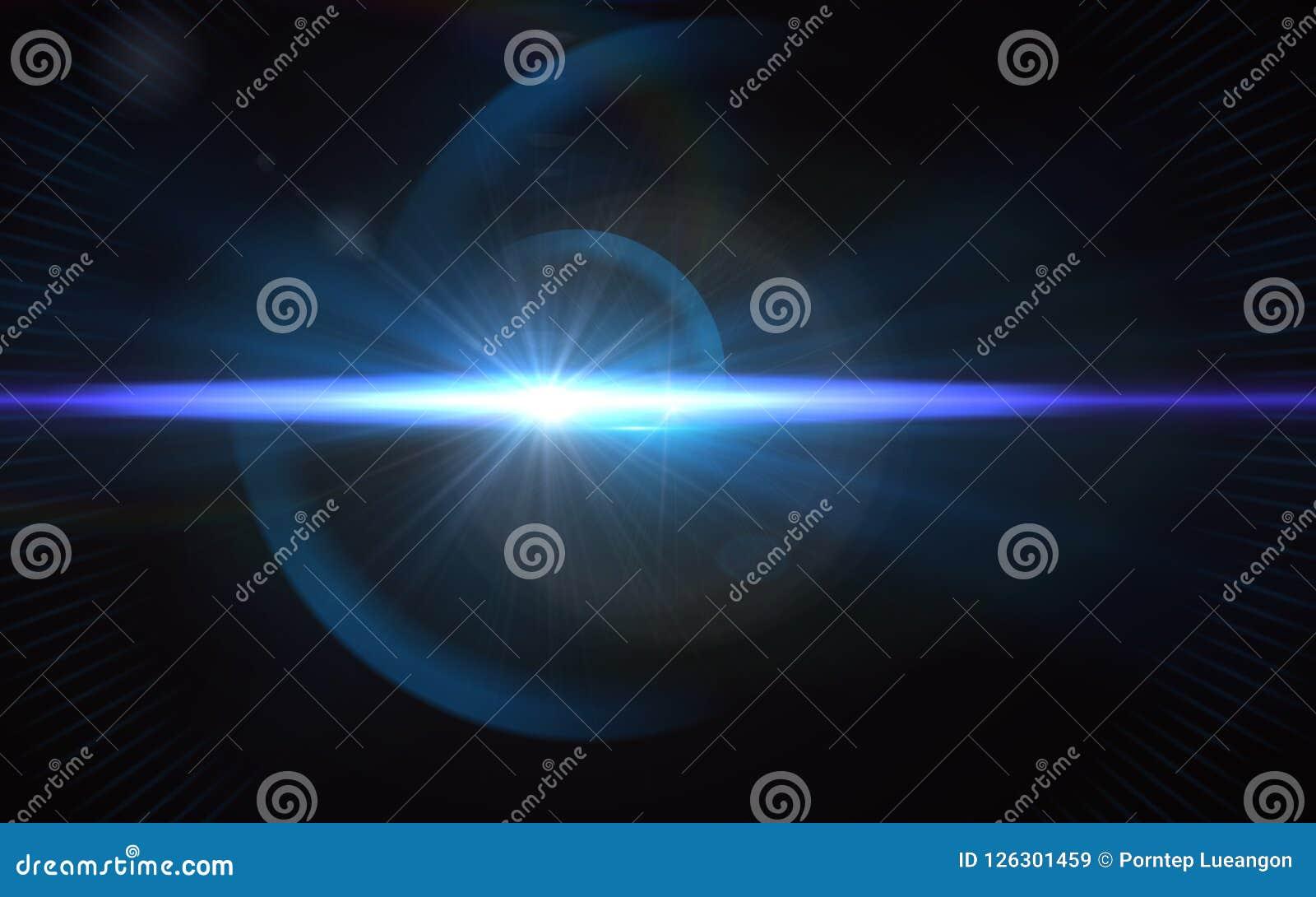 Alargamento digital azul bonito da lente no fundo preto